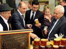 ministrul agriculturii achim irimescu inspectie apicola
